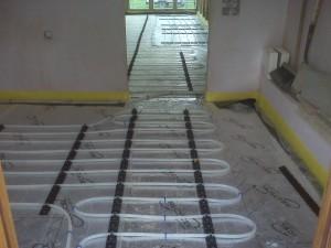 Underfloor installation waiting for screed