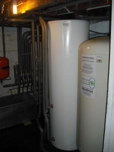 Mainsboost accumulator upgrades mains water supply