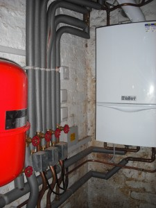 New Vaillant 637 and zoning system pipework in cellar