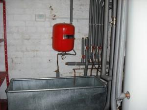 Emergency catchment tank